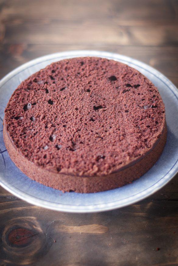 Bánh Chocolate (Thuần Chay) {Vegan Chocolate Cake}